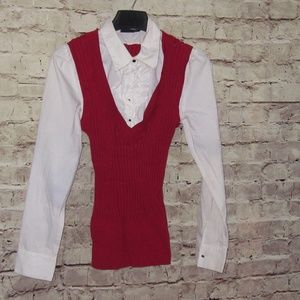 Gorgeous Red & White fitted, sweater blouse